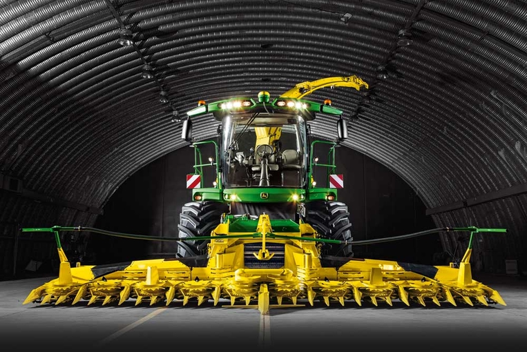 John Deere Self-Propelled Forage Harvesters