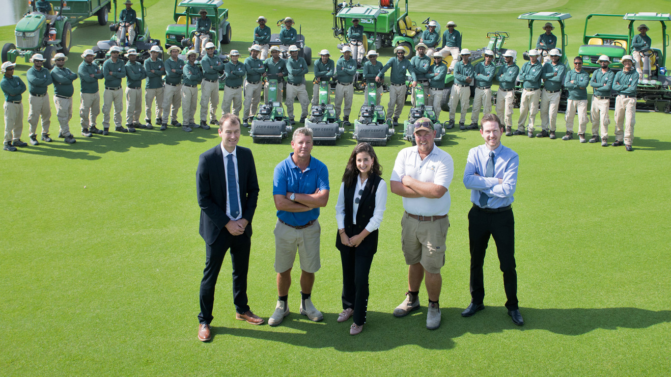 Michael Braidwood, Darren Smith, Andrew Ikstrums & Rhys Beecher of Education City Golf Club, with Leen Al Ghaly of dealer Progressive and the greenkeeping team.