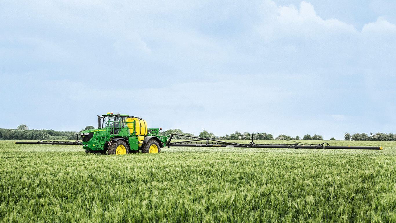 The new R4050i self-propelled sprayer will be demonstrated for the first time in the Sprays & Sprayers arena at Cereals 2018 at Duxford, Cambridgeshire in June.