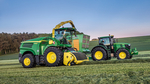 A new John Deere 8600i self-propelled forage harvester equipped with the 639 3m grass pick-up.