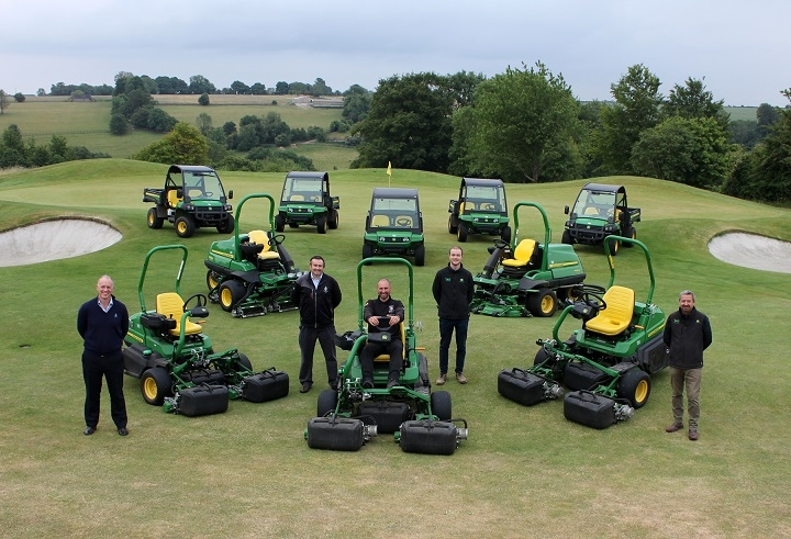 Minchinhampton Golf Club's Simon Pope & Adam Matthews (left & centre) with Nick Ashman of John Deere and Alex Jones & Colin McIntyre of dealer TAG.