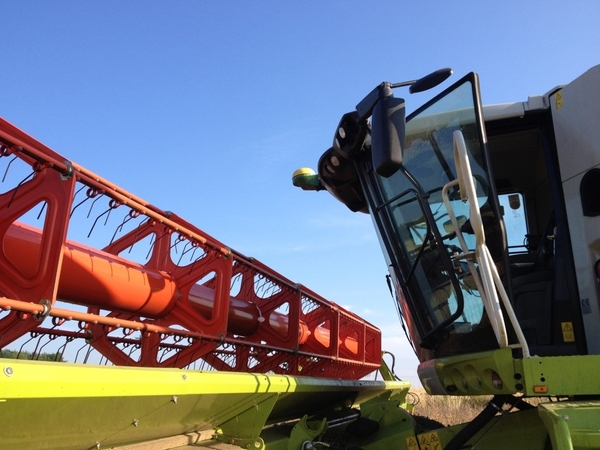 JD Guidance in the Field Harvest 2014